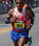 Meb_Keflezighi_in_2014_Boston_Marathon (1)